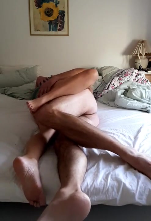 Gay girl fucking in pussy
